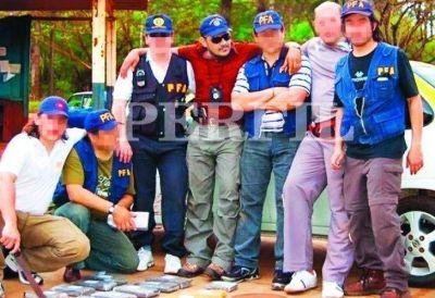 Un miembro de Los Monos hizo operativos de droga con policías