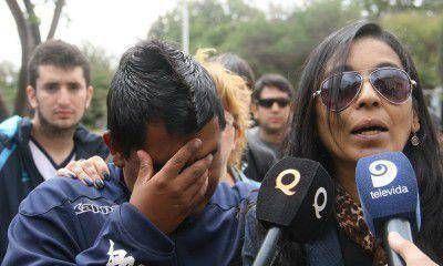 """""""Un chico de 22 años no puede ir a la cancha y volver en un cajón"""", dijo la madre de Carrasco"""