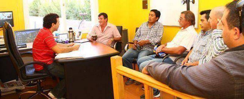 Taxistas de Trelew se reunieron con Korn para reiterar el pedido de aumento de tarifas