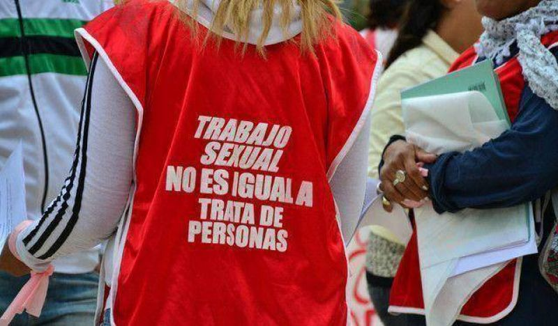 Trabajadoras sexuales se manifestaron frente al Centro C�vico