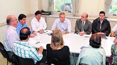 En la Rosada apuestan al IPC de marzo para atraer a los gremios