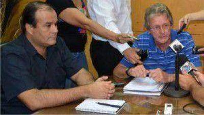 Por pedido de los consejeros, M�guez se apart� de la presidencia de la CELO