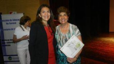 Emotivo homenaje a docentes jubiladas del Sistema Educativo Municipal