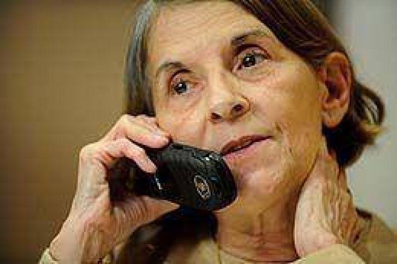 Hilda Molina se reencontró con su familia tras 15 años y reclamó cambios en el régimen cubano