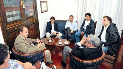 Diputados informaron a concejales sobre la regularización de tierras