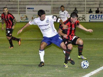 Independiente Rivadavia cayó ante Patronato sobre la hora