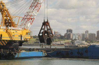 Satisfactorios resultados de las dragas chinas en el puerto