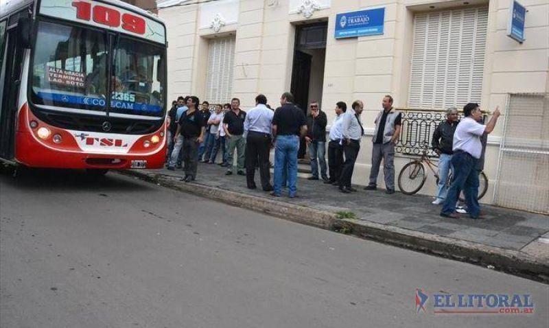 Transporte: un acuerdo frenó el paro y el Concejo pospuso declaración de emergencia