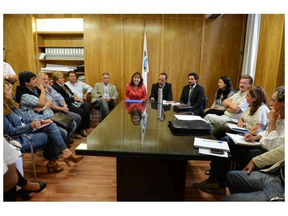 Paritaria Municipal: Los gremios evaluarán una nueva propuesta