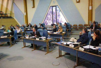 Megaestadio: con críticas a Jorge, el vernismo y el Frepam aprobaron un pedido de informes