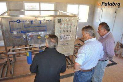 Curetti y autoridades del S.P.A.R recorrieron las obras de agua potable en Los Pocitos y Bahía San Blas