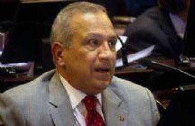 Romero le cedió a la familia de su periodista más de 25.000 hectáreas de tierras fiscales