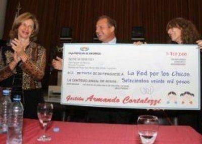La Caja Popular entreg� subsidios a 15 entidades que ayudan a la ni�ez