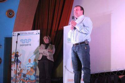Se lanzó en el CeNARD  el Programa de Formación a Preventores Comunitarios del Deporte Social