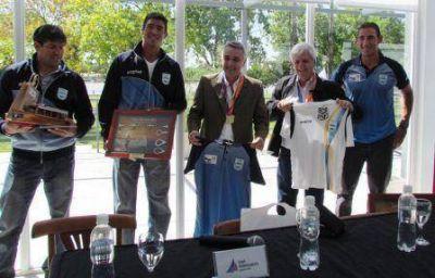San Fernando y Tigre recibieron a los integrantes de los equipos de Remo y Canotaje que brillaron en los Juegos ODESUR