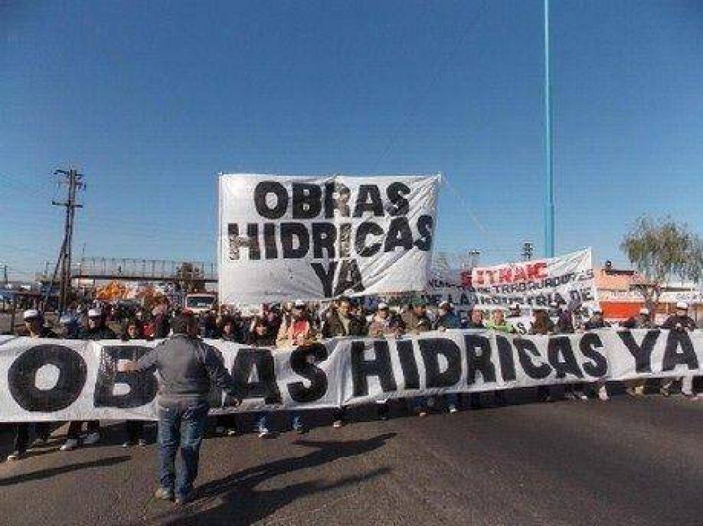 Volvieron a protestar por obras hídricas