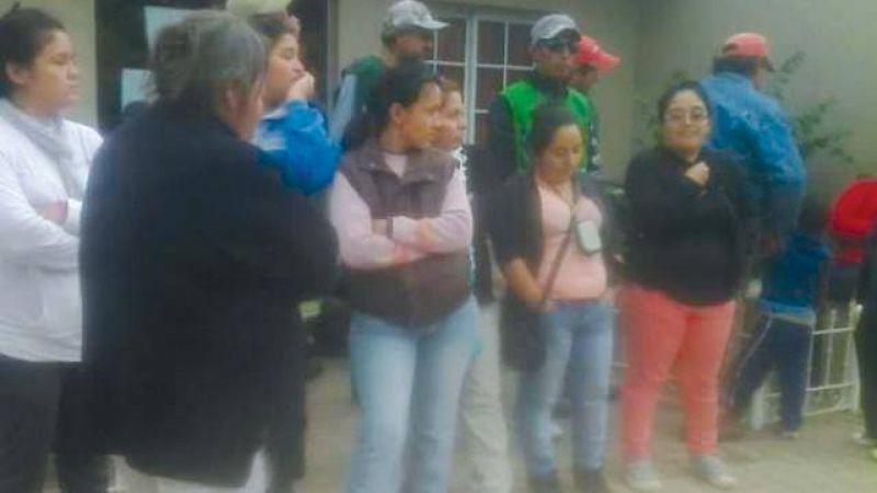 El paro en Las Lajitas continuar� hasta que reincorporen a Cerrano