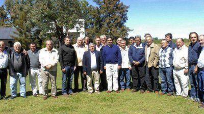 Capitanich se reunió con intendentes para analizar una agenda en común