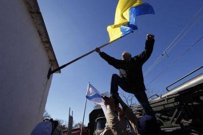 Drama y dolor en Ucrania al perder una base aérea en Crimea