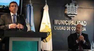 Denuncian a Mestre por supuesta estafa con subsidios nacionales