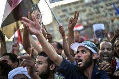 Condenan a muerte a 528 simpatizantes del ex presidente Mursi