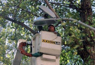 Más luz para brindar seguridad a los vecinos del Unimev