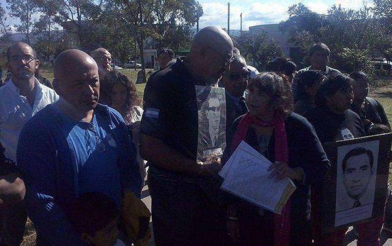 """Santillán: """"gente que estuvo con la dictadura hoy se convierten en jueces de los trabajadores"""""""