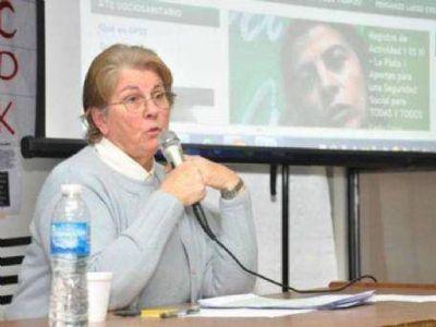 """Marta Maffei: """"La improvisación en medio del conflicto desemboca en una puja por ganarse el consenso social"""""""