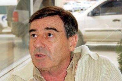 """Cimadevilla: ''Chubut va a pagar más de 200 millones de dólares por un recurso propio"""""""