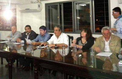 """Daniel Almirón: """"se rompieron los códigos que se mantenían con los distintos partidos"""""""