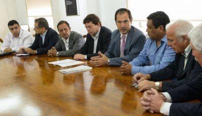 El Gobierno se reunió con empresarios interesados en fabricar torres de perforación de petróleo en Mendoza