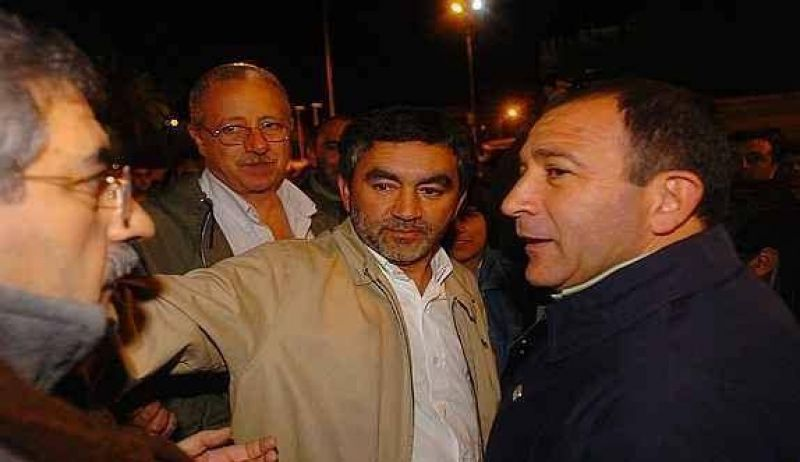 Radicales J ya negocian con Mestre
