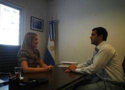 Juan Pablo García se reunió con la Directora de Conectar Igualdad.