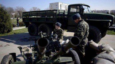 Ucrania comenzó el retiro de sus tropas de Crimea