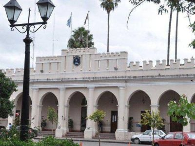 HAY MATRIMONIOS HOMOSEXUALES EN LA POLICÍA DE SALTA