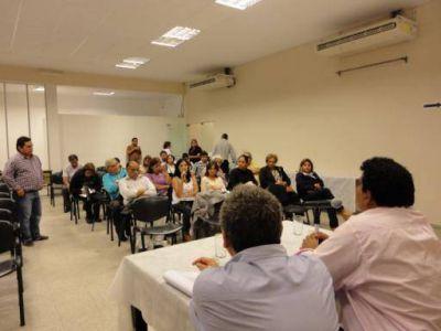 El Concejo capitalino recibió a centros vecinales