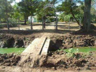 Denuncian que APA manda aguas servidas al reservorio Malha de Castelli
