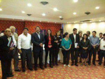 En 16 municipios: firmaron convenios de cooperación para el funcionamiento de los CAINAF