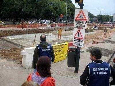 Comuneros presentan medida cautelar y recorren las obras que se están realizando en Chacarita