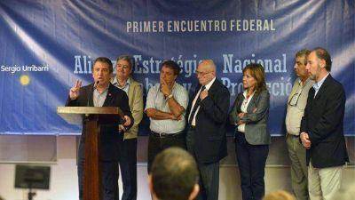 """Urribarri habló de """"continuidad del proyecto"""" ante sindicalistas"""