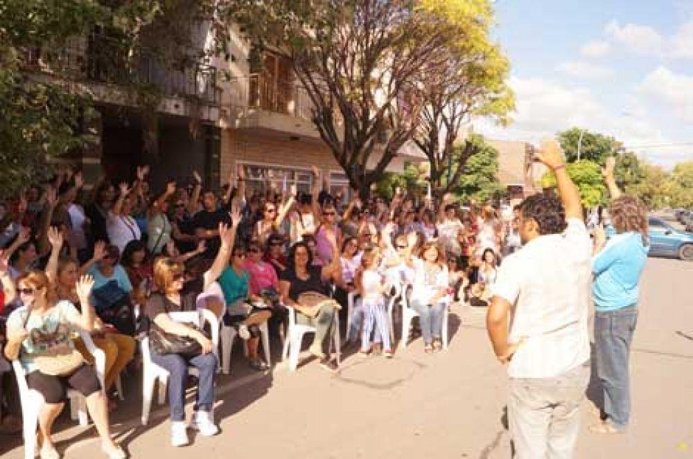 Las filiales locales de Suteba y FEB aceptaron el ofrecimiento salarial del gobierno