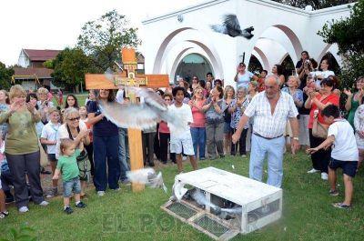 La Cruz bendecida por el Papa llegó a Olavarría