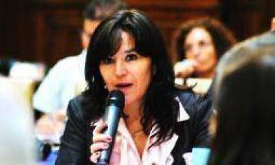 El 3 de abril, Brizuela y Doria asume como legisladora provincial