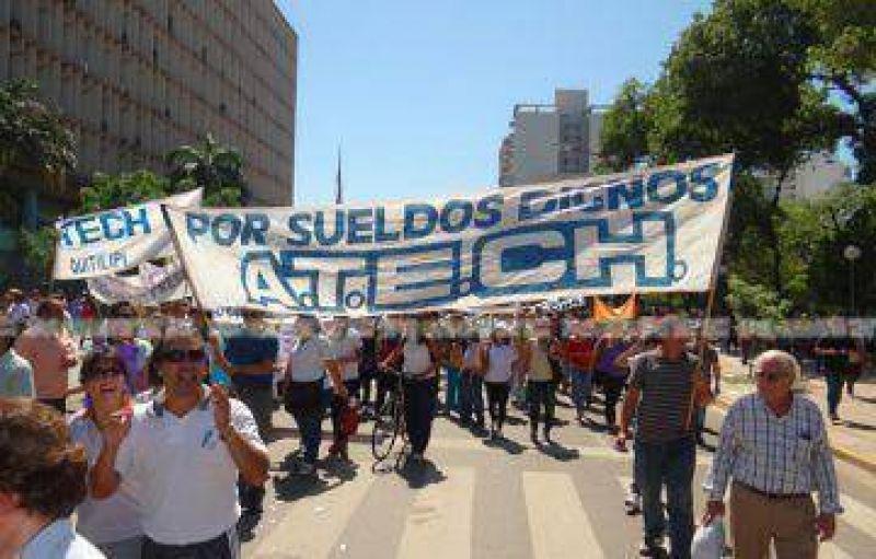 Gremios docentes anunciaron que volverán a movilizarse