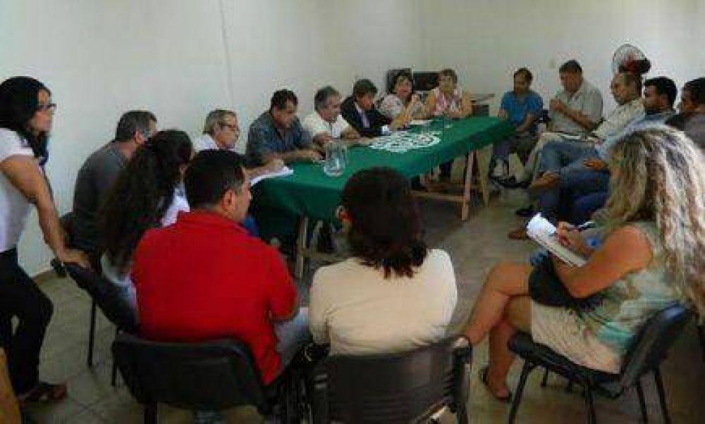 Multisectorial se reunió con Camioneros y la CGT
