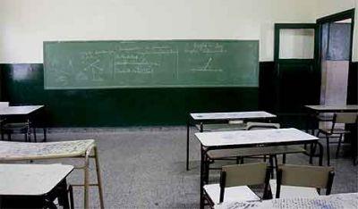 Afirman que 12 escuelas no pudieron iniciar las clases por problemas de infraestructura
