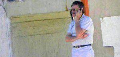"""Rogelio De Leonardi: """"El actuar del Ministro Flores es cuasi mafioso"""""""