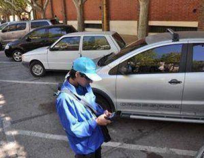 Eco: desde hoy cuesta $5 la hora de estacionamiento