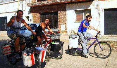 Los tres bici soñadores empezaron a pedalear para recorrer Latinoamérica