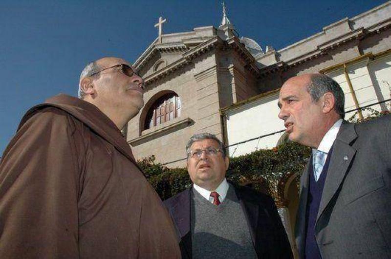 Importante subsidio entregaron ayer a la Iglesia San Francisco